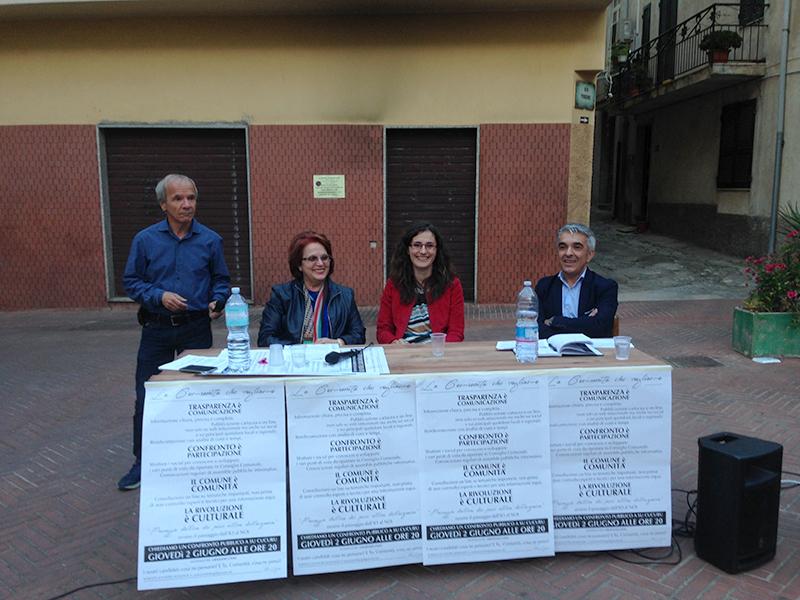 2 giugno 2016, Piazza Su Cucuru a Dorgali - Anna Monne, Itria Fancello, Lino Fancello