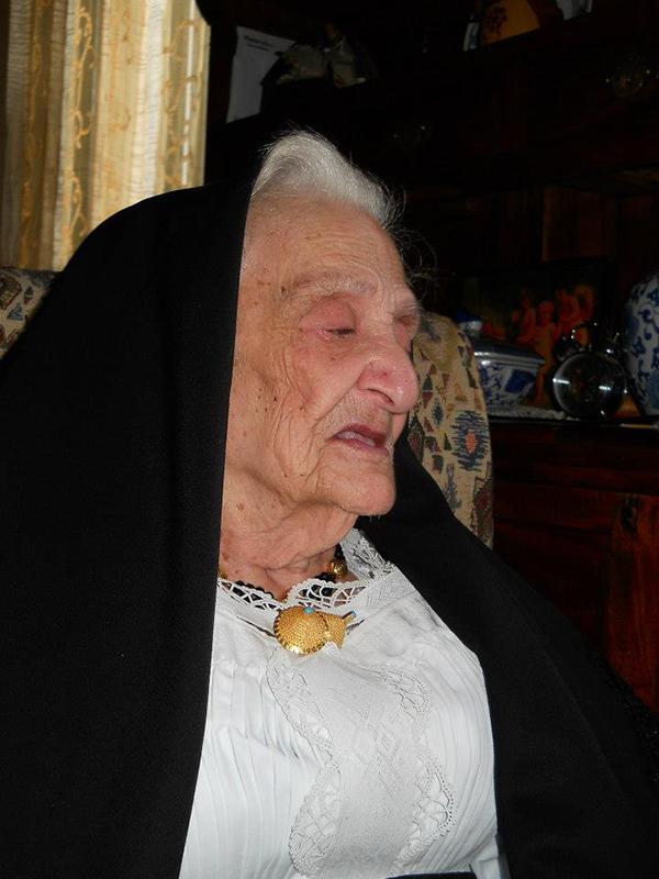 Dorgali, 21 marzo 2016 - Tzia Pattonia Lana, 103 anni